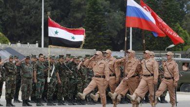 "Photo of دورية روسية تُهين ضابطاً بفرقة ""ماهر الأسد"" شرق حمص وميليشـ.ـيات إيران تخذله!"