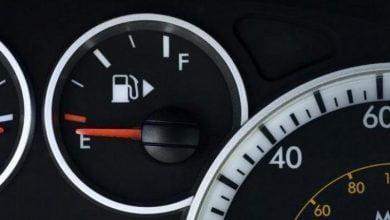 Photo of خبراء في مجال السيارات .. نزول مؤشر البترول في السيارة إلى أقل من الربع يتسبب في أضرار كبيرة